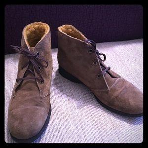 Shoes - Women's winter booties